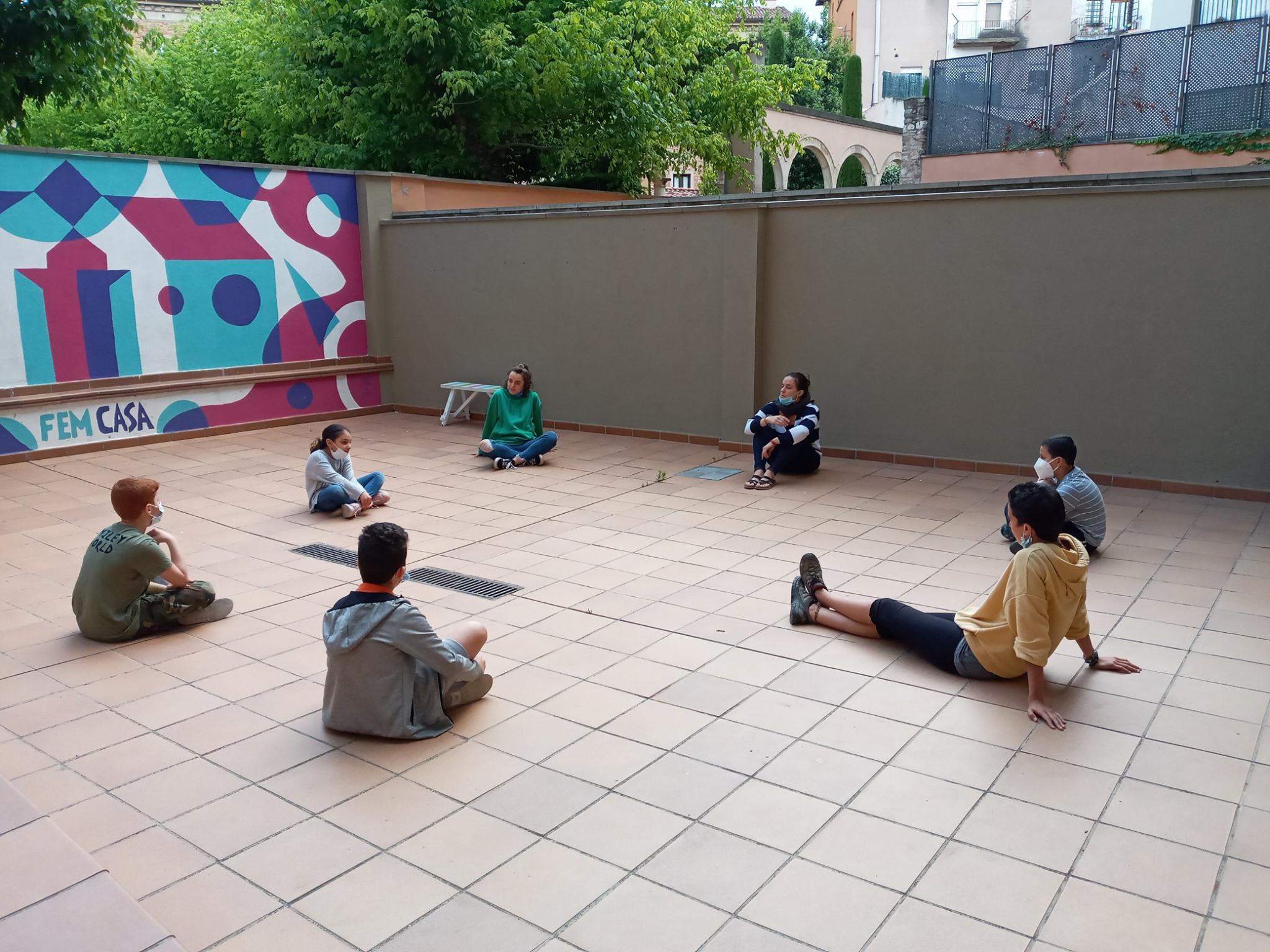 Infants a l'Escola de la Pau
